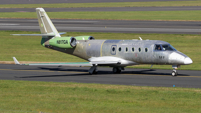A picture of N817GA - Gulfstream G150 - [317] - © Ian Howat