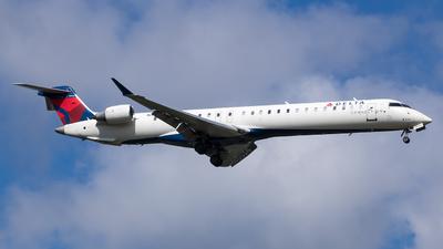 A picture of N314PQ - Mitsubishi CRJ900LR - Delta Air Lines - © Stephen J Stein