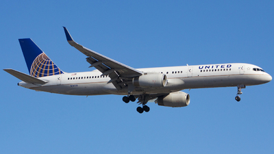A picture of N14121 - Boeing 757224 - United Airlines - © Xiamen Air 849 Heavy
