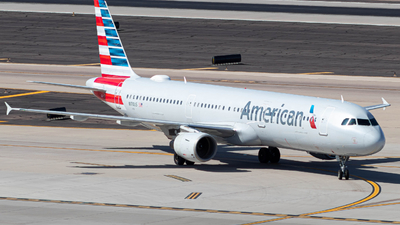 A picture of N170US - Airbus A321211 - American Airlines - © Logan Fransted