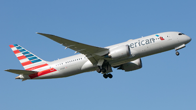 A picture of N819AN - Boeing 7878 Dreamliner - American Airlines - © Freek Blokzijl