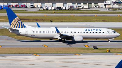 N69818 - Boeing 737-924ER - United Airlines