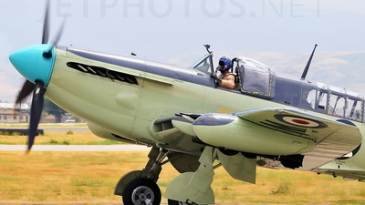 N518WB - Fairey Firefly - Private