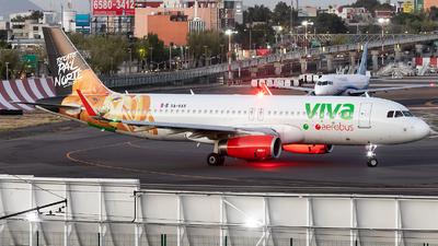A picture of XAVAX - Airbus A320232 - VivaAerobus - © Felipe Garcia