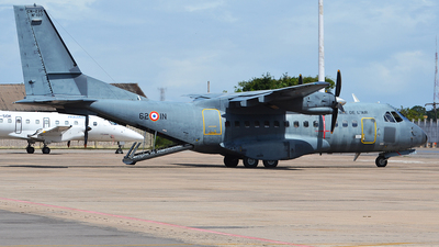 137 - CASA CN-235M-200 - France - Air Force
