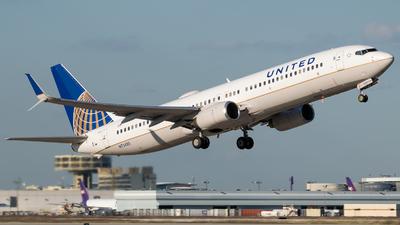 N75425 - Boeing 737-924ER - United Airlines