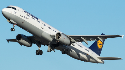 A picture of DAIRT - Airbus A321131 - Lufthansa - © Oliver Sänger