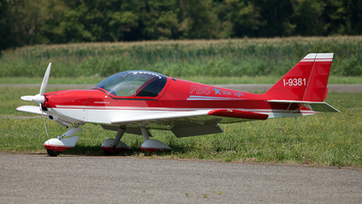I-9381 - Eurofly FB5 Star Light - Private