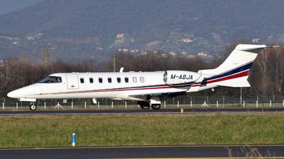 A picture of MABJA - Learjet 45 - Ryanair - © Fabio Radici