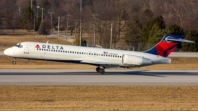 A picture of N974AT - Boeing 7172BD - Delta Air Lines - © ColumbusPlaneSpotter