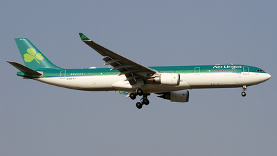 A picture of EIDUZ - Airbus A330302 - Aer Lingus - © wangpaul