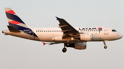 A picture of CCBCF - Airbus A319112 - LATAM Airlines - © Juan Manuel Temoche - SPJC Spotter