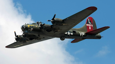 N7227C - Boeing B-17G Flying Fortress - Private