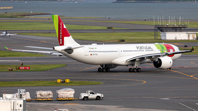 A picture of CSTUJ - Airbus A330941 - TAP Air Portugal - © OCFLT_OMGcat