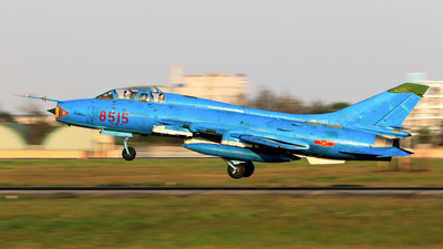 8515 - Sukhoi Su-22UM3K Fitter G - Vietnam - Air Force