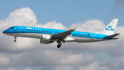 A picture of PHEZM - Embraer E190STD - KLM - © Conor McGeehan