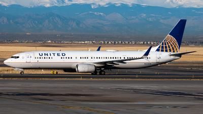 N66828 - Boeing 737-924ER - United Airlines