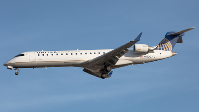 N153GJ - Bombardier CRJ-701 - United Express (GoJet Airlines)