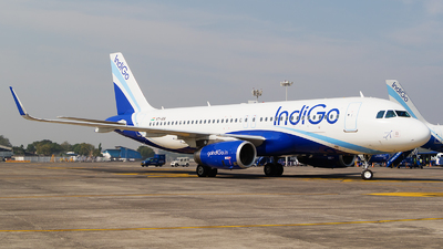 VT-IAX - Airbus A320-232 - IndiGo Airlines