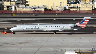 A picture of N946LR - Mitsubishi CRJ900ER - American Airlines - © DJ Reed - OPShots Photo Team