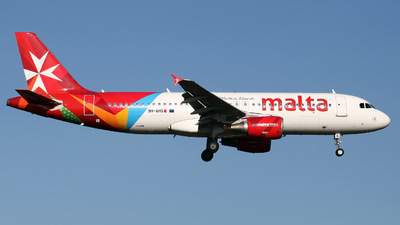 A picture of 9HAHS - Airbus A320214 - Air Malta - © Peter Baldwin