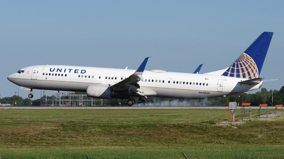 A picture of N63820 - Boeing 737924(ER) - United Airlines - © DJ Reed - OPShots Photo Team
