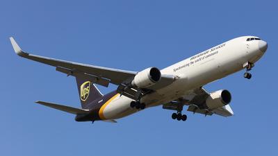 N305UP - Boeing 767-34AF(ER) - United Parcel Service (UPS)