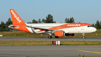 G-EZOM - Airbus A320-214 - easyJet