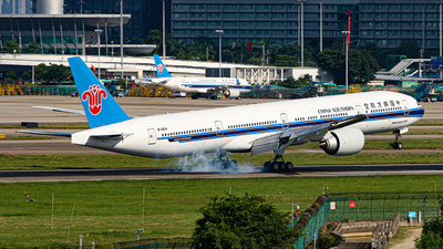 A picture of B20C5 - Boeing 777300(ER) - China Southern Airlines - © Ken He