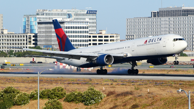 A picture of N840MH - Boeing 767432(ER) - Delta Air Lines - © Rocky Wang