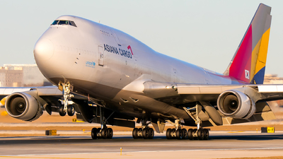 A picture of HL7415 - Boeing 74748E(BDSF) - Asiana Airlines - © Kevin Cargo