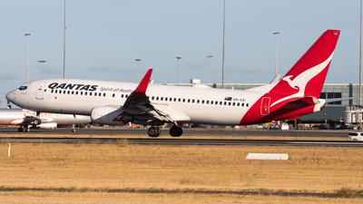 VH-VXI - Boeing 737-838 - Qantas