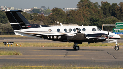 VH-MHV - Beechcraft 200 Super King Air - Private