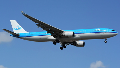 PH-AKE - Airbus A330-303 - KLM Royal Dutch Airlines