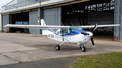 SP-ZKU - Cessna U206G Stationair - Private