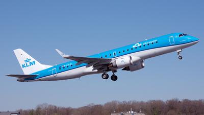 A picture of PHEZC - Embraer E190STD - KLM - © PAUL LINK
