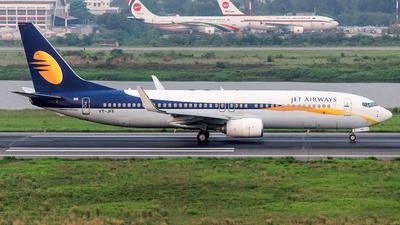 VT-JFE - Boeing 737-8AL - Jet Airways
