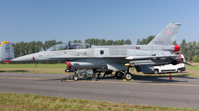4085 - Lockheed Martin F-16D Fighting Falcon - Poland - Air Force