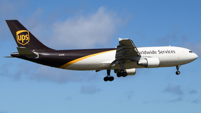 A picture of N168UP - Airbus A300F4622R - UPS Airlines - © Hector Rivera - Puerto Rico Spotter