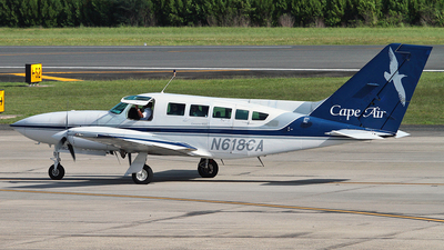 N618CA - Cessna 402C - Cape Air