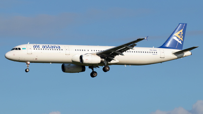 A picture of P4OAS - Airbus A321231 - [1204] - © Sandra