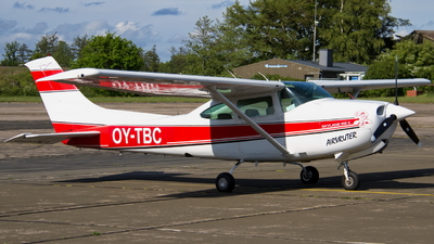 OY-TBC - Cessna TR182 Turbo Skylane RG - Private