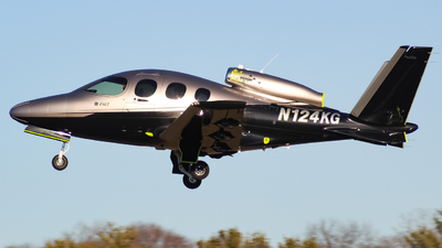 N124KG - Cirrus Vision SF50 G2 - Private