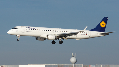 A picture of DAEMC - Embraer E195LR - [19000300] - © Stephan Wagner