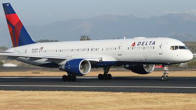 N668DN - Boeing 757-232 - Delta Air Lines