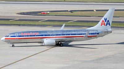 N906AN - Boeing 737-823 - American Airlines