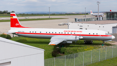 DDR-STG - Ilyushin IL-18V - Interflug