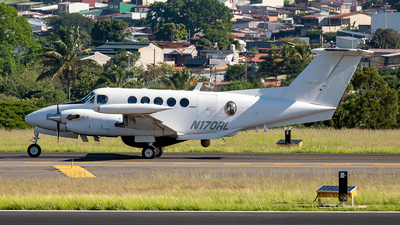 N170RL - Beechcraft 200T Super King Air - Private