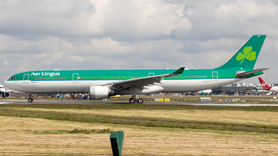 A picture of EIEAV - Airbus A330302 - Aer Lingus - © Ross Sugrue