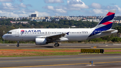 PR-MYH - Airbus A320-214 - LATAM Airlines